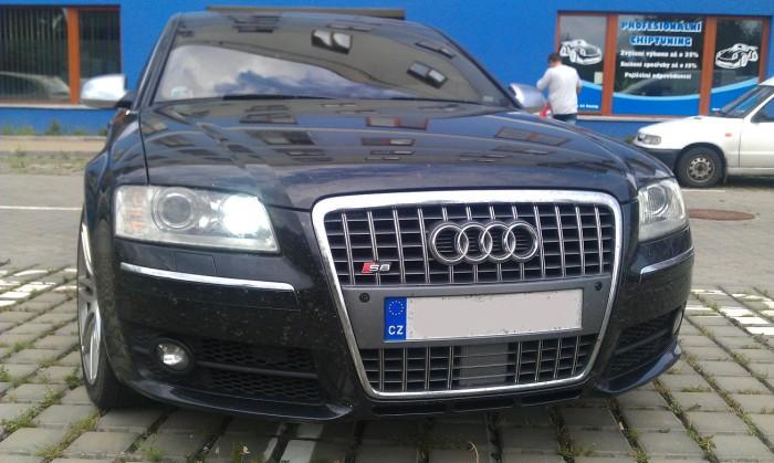 Audi S8 5.2FSi